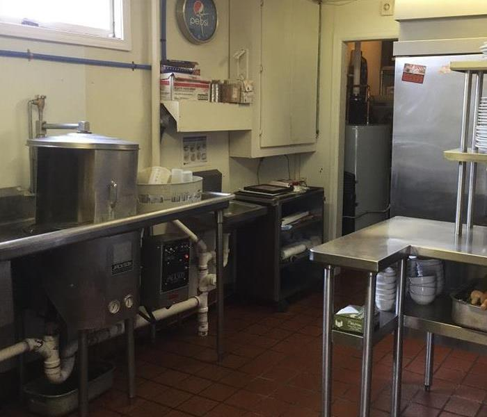 Kitchen fire at a restaurant causes damage! After