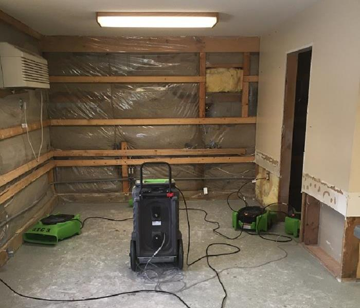 Business in St. Cloud, Mn suffered water damage.
