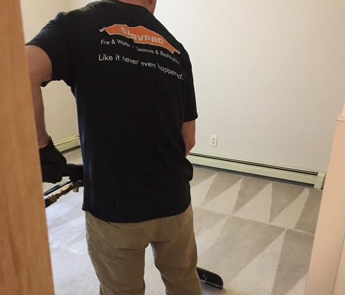SERVPRO of St. Cloud cleaning carpets in apartment buildings.